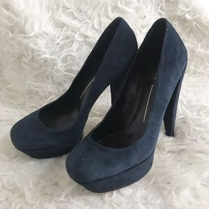 Dolce Vita navy suede high heel platform pumps